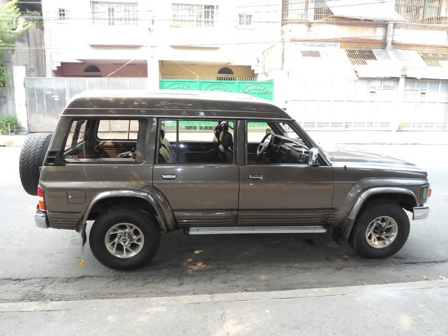 Cars :: 1996 Nissan Safari LHD 99km Grey